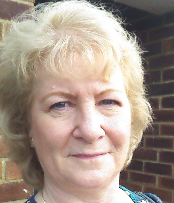 Susan Wisdom headshot